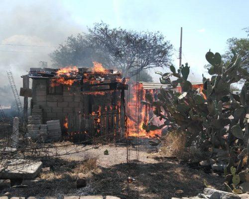 casa se quema en san juan del rio