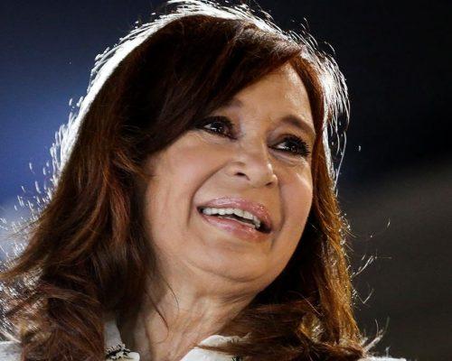 CRISTINA Fernández anunció su candidatura a la Vicepresidencia del país, con quien fuera su jefe de Gabinete Alberto Fernández como candidato a presidente.