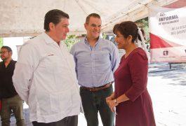 Representantes de Morena realizaron una conferencia de prensa.