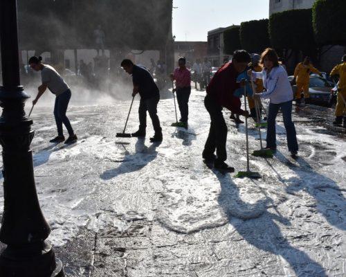 Suman esfuerzos para mantener belleza y limpieza del Centro Histórico.