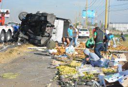 A LA altura de Calamanda, El Marqués, ocurrió el accidente que dejó únicamente daños materiales.